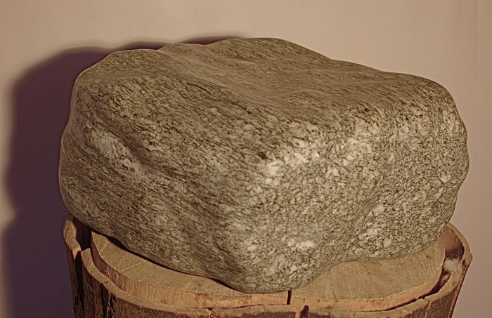 """Abstrakt geometrische Skulptur:""""Quader"""" - Bepe' Meilenstein"""