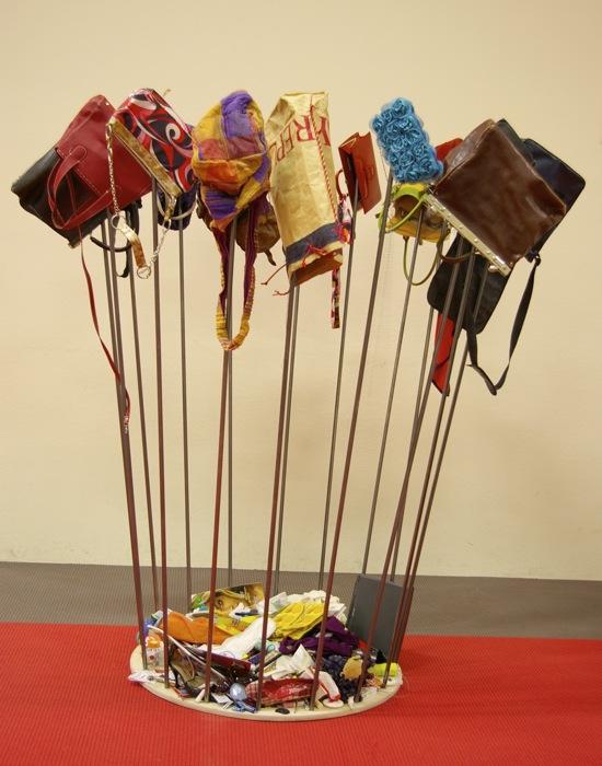 Tascheninstallation - Galerie Meilenstein